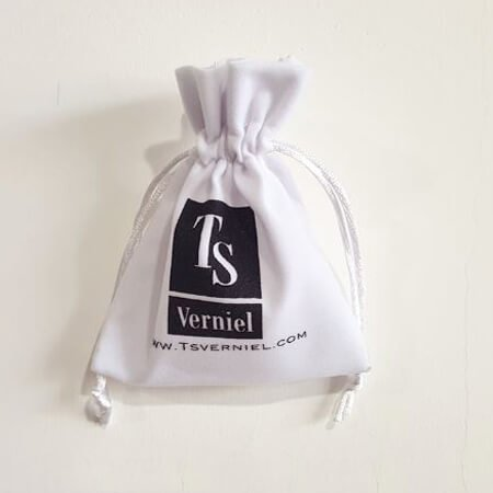 White velvet jewelry pouch custom logo